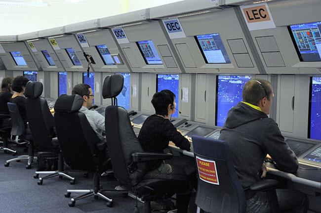 ¿Qué hace un controlador aéreo?
